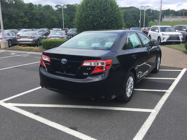 Pre-Owned 2012 Toyota Camry Hybrid LE