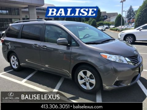 Pre-Owned 2016 Toyota Sienna LE 8 passenger